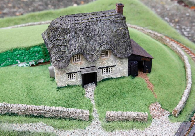 Static Grass on My First Layout