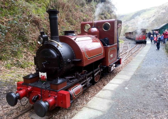 Running Round at Nant Gwernol 1
